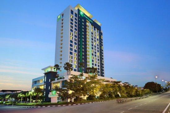 Holiday Inn Melaka: Exterior