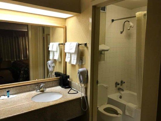 西梅肯速8酒店照片