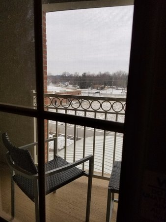 New Albany, OH: Left half of balcony