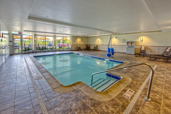 Cordova, TN: Pool