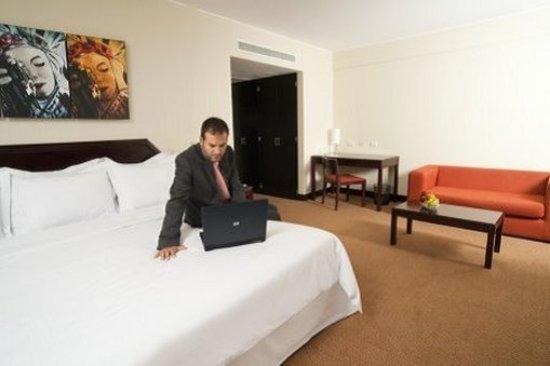 Radisson Hotel Decapolis Miraflores: Suite