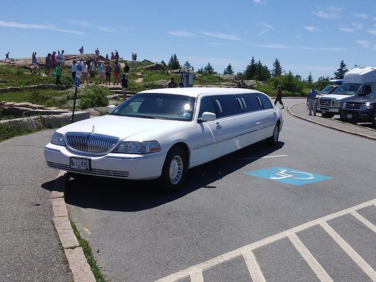 ‪‪Crystal Coach Limousine‬: Top of Cadillac Mountain‬