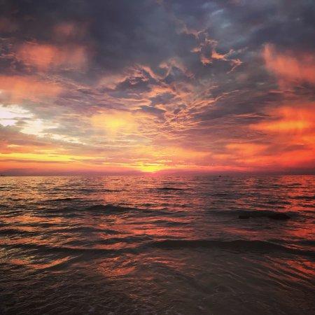 Blue Andaman Lanta Resort: You can expect amazing sunsets