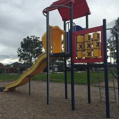 paveys park