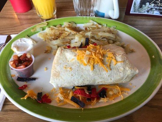 Running Bear Pancake House: Breakfast Burrito