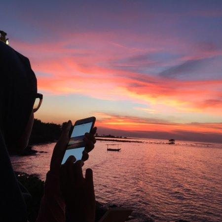 Sampang, Indonesia: Beautiful sunset at pantai jodoh