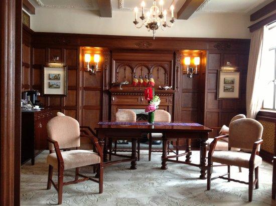 Fairmont Peace Hotel: Dining Room   English Suite