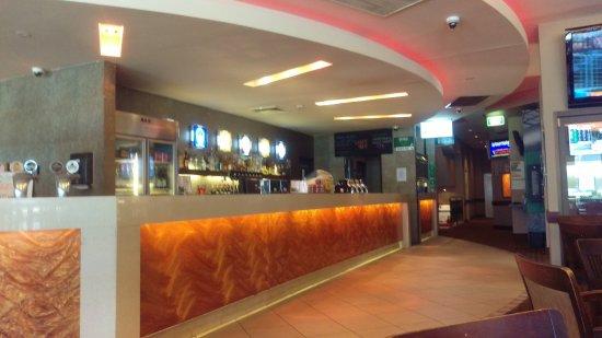 Artarmon, Australia: Bar
