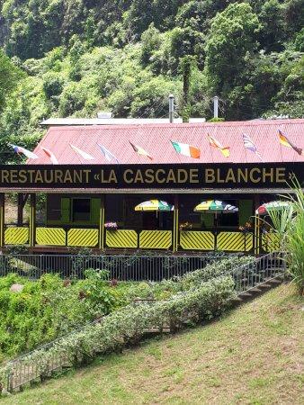 Restaurant la cascade blanche salazie omd men om for Restaurant la cascade