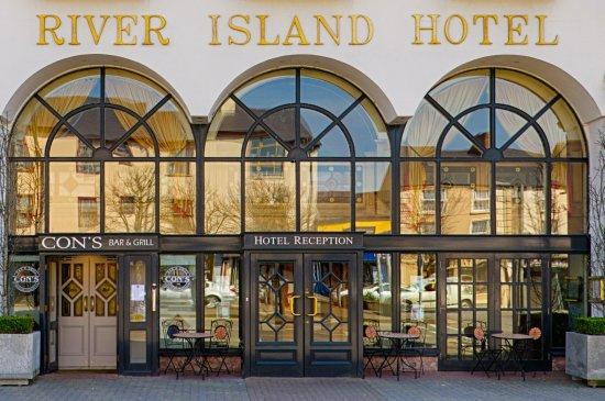 River Island Hotel Photo