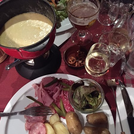 Restaurant les fr res marchand restaurant dans nancy avec for Marchand cuisine