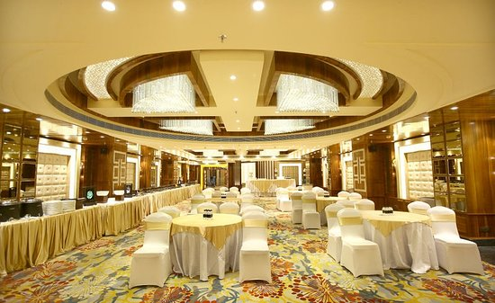 Banquet Hall Picture Of Regenta Central The Crystal Kanpur Tripadvisor