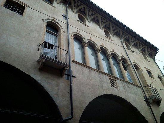 Palazzo Roccabonella-Papafava