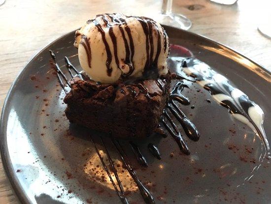 The Wheatsheaf: Chocolate brownie