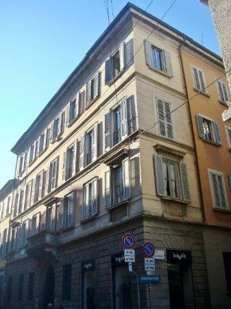 Palazzo Pisani Dossi
