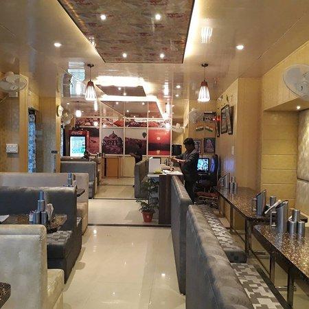 Asha Hotel