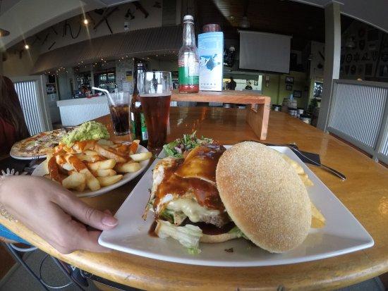 Tussock: burger et pizza