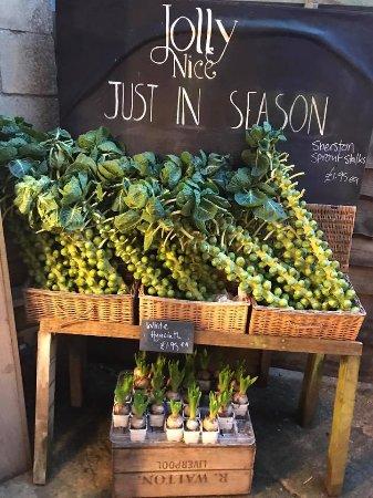 Frampton Mansell, UK: Fresh goodies