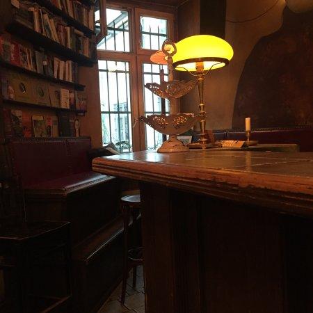 bose buben bar berlin mitte restaurant reviews phone number photos tripadvisor. Black Bedroom Furniture Sets. Home Design Ideas
