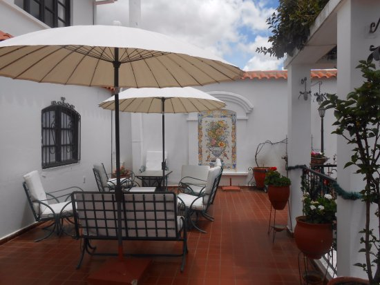 El Hotel de Su Merced: There are many places to visit, read and enjoy privacy.