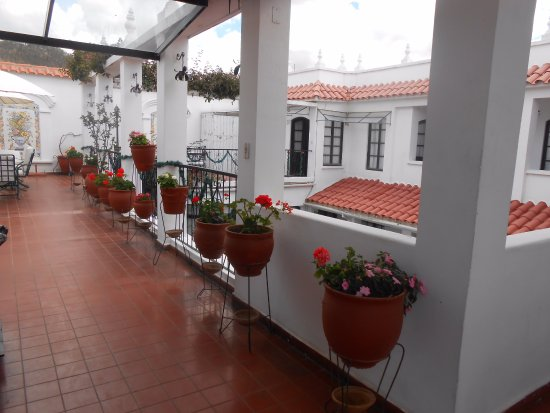 El Hotel de Su Merced: And fresh flowers everywhere!