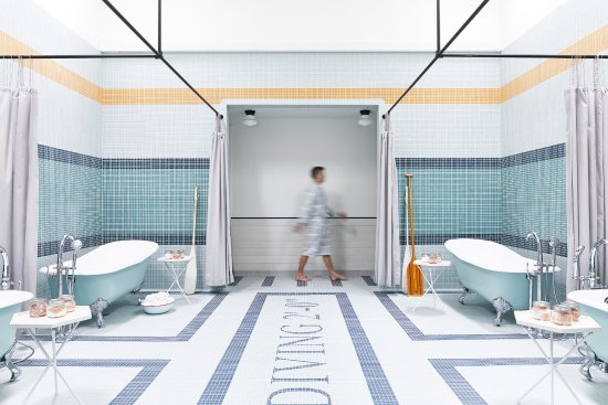 MoonAcre Spa: Soaking baths