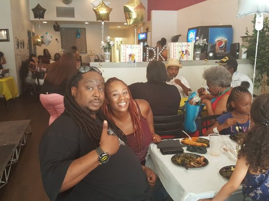 Norristown, PA: Diva's Kitchen Soul Food, Seafood