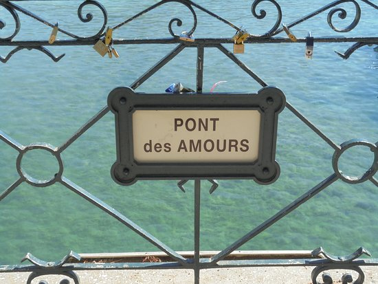 Pont des amours annecy france updated 2018 top tips before you go with photos tripadvisor - Pont des amours ...