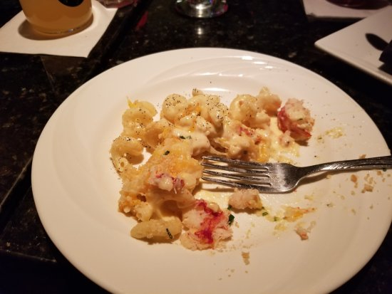 Malden, MA: Delicious lobster mac & cheese