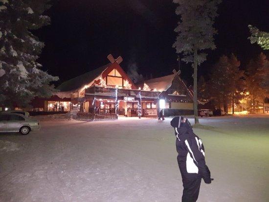 Lapland Hotel Akashotelli : 20171225_211611_large.jpg