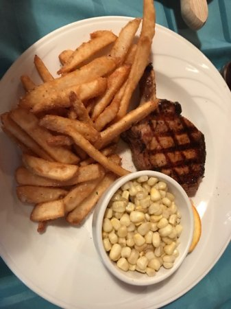 Trailhead Steakhouse : Pork Chop, Garlic Fries and Sweet Corn
