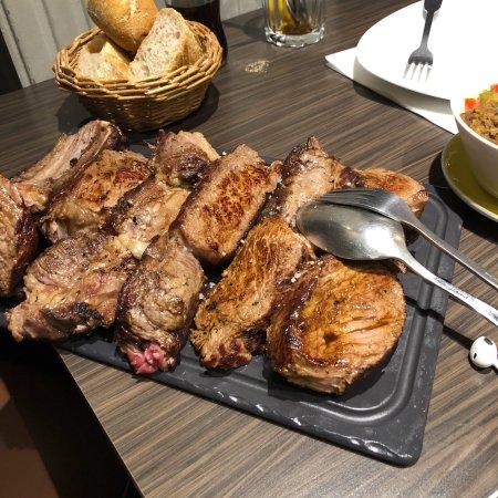 Le Pareloup Restaurant Paris
