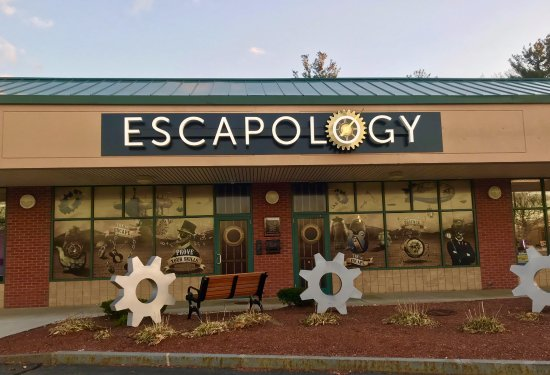 ‪Escapology Tewksbury‬