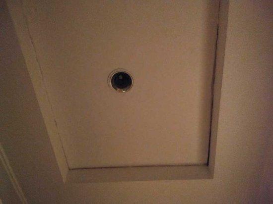 Hotel Clitunno: Ingresso senza luce