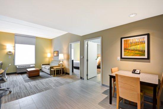 Ranson, Virgínia Ocidental: Two Bedroom Suite