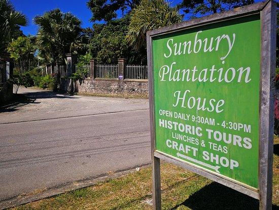 Sunbury Plantation House : Signage