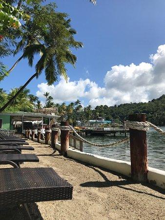Marigot Beach Club and Dive Resort: Sundeck