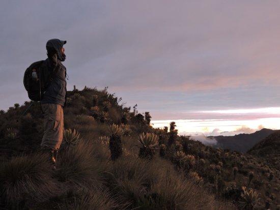 Tolima Department, Kolumbia: #clubtrangoaventura #sunset #colombia CERRO DE LA VIRGEN PARAMO ROMERALES, Vista al futuro