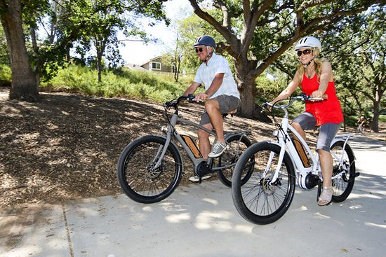 Salado, TX: eBikes are even easier to ride than a Standard Bike