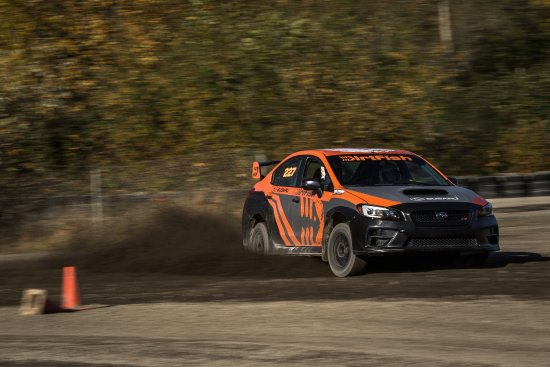 Snoqualmie, WA: DirtFish Alumni student driving it like she stole it!