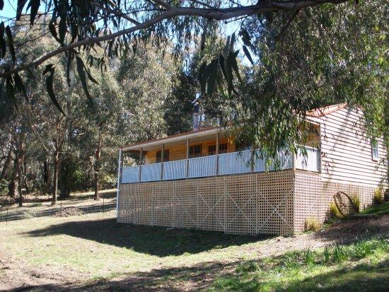 Bundanoon, Australia: Braedon Cottage - Lovely Views and Very Private