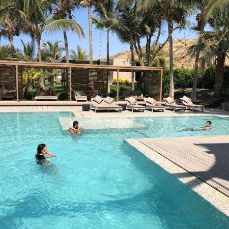 Excelente Playa & Hotel!...