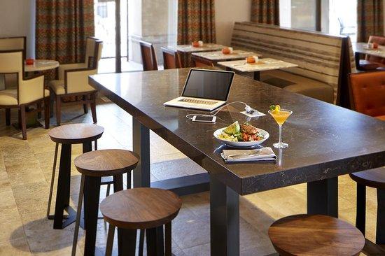 Restaurant Hilton Garden Inn San Diego Old Town Seaworld Area San Diego F Nyk Pe Tripadvisor