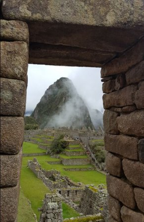 Sun Gate Tours - Day Tours : Long climb to the top, but I made it. Learned a lot about Inca history too.