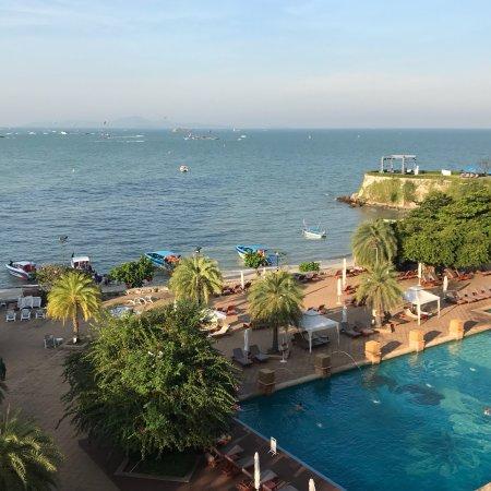 Hieno hotelli Pattayalla