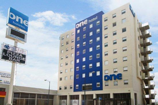 Hotel One Puebla FINSA: Exterior