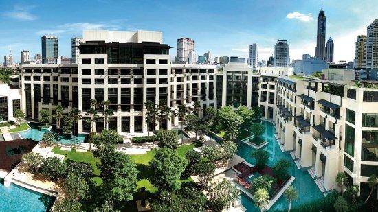 Siam Kempinski Hotel Bangkok: Exterior