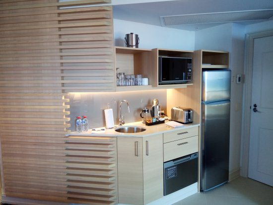 Marriott Vacation Club at Surfers Paradise: A toaster too!