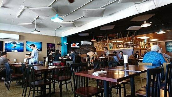 Mosa's Joint Restaurant, DSC_0250_large.jpg