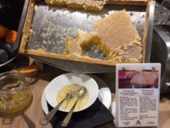 Hotel Mercure München Altstadt: 巣蜜も非常に美味しいです